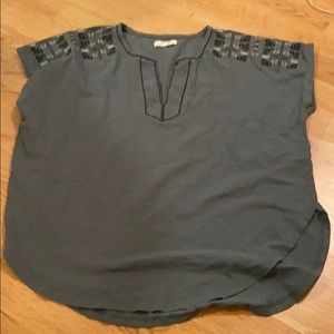 Madewell green tee with embroidery